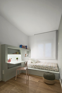 2dm-interior-renovation-of-an-80m2-family-flat-by-bonba-studio_11